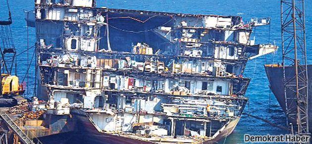İngiliz Kraliyet donanması İzmirli hurdacının peşinde