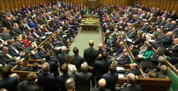 İngiltere Parlamentosu Irak harekatını onayladı