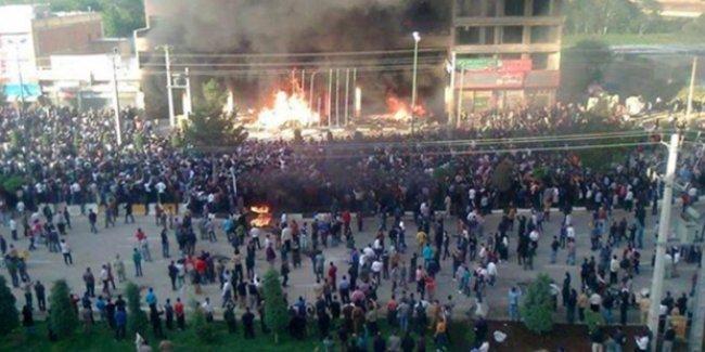 İran'da 'Farinaz' isyanı