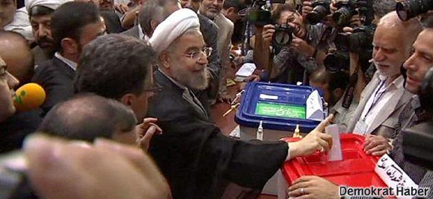 İran seçimlerinde batının 'ılımlı' dediği Rohani önde