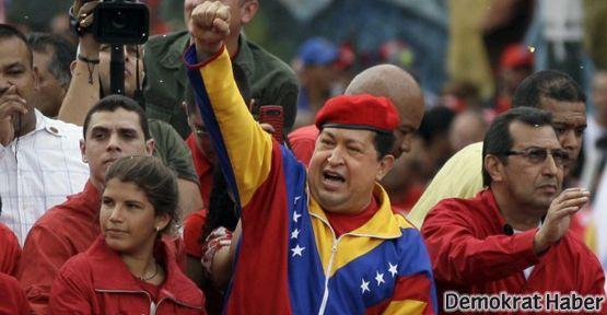 İran'da Chavez için ulusal yas ilan edildi