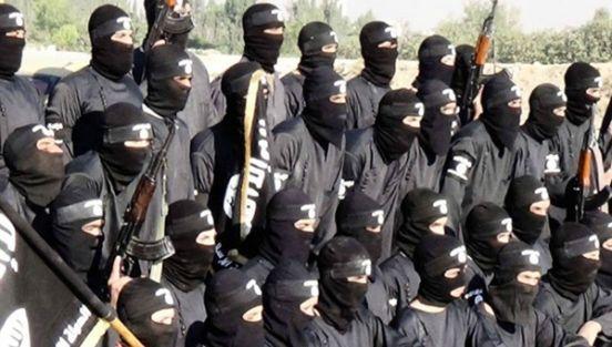 IŞİD, toplu namaza katılmayanlara 50 kırbaç cezası veriyor