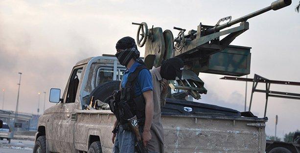 'IŞİD'in Türkiye'de 7 silah deposu var'!