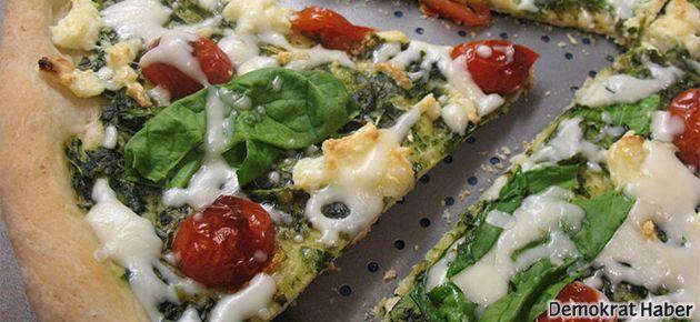 Ispanaklı ve beyaz peynirli pizza tarifi