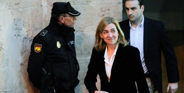 İspanya Kralı, yolsuzluk davasında yargılanan ablasının 'düşes' ünvanını elinden aldı