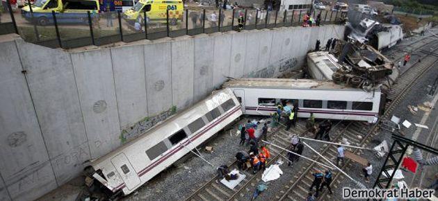 İspanya'da tren kazası: 77 ölü