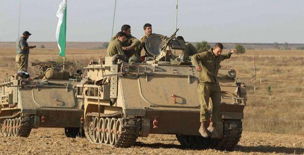 İsrail'in Gazze'ye kara operasyonundan ilk görüntüler