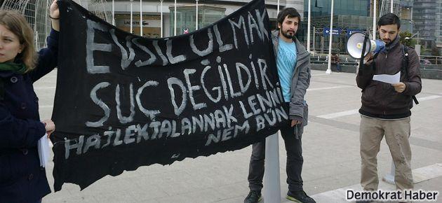 Macar Konsolosluğu önünde evsizler için eylem