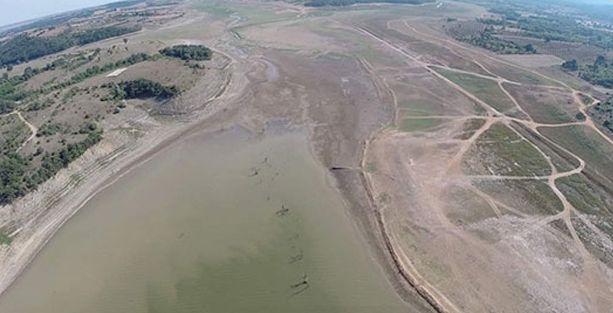 İstanbul'da barajların doluluk oranı yüzde 16'ya düştü, belediye 'daha kısa duş alın' dedi