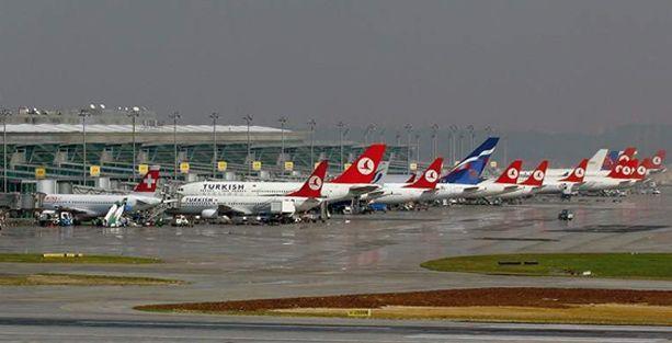 İstanbul'da bir çok uçak seferi iptal