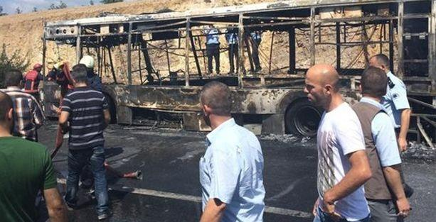 İstanbul'da halk otobüsünde yangın: 3 ölü