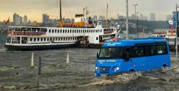 İstanbul'u sel götürdü, İBB Beyazmasa 'anlayamadı'