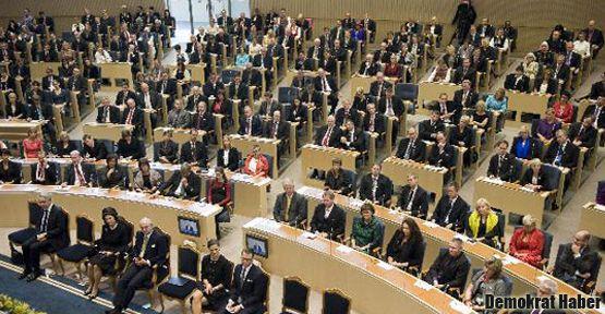 İsveçli Parlamenterlere açlık grevleri için çağrı