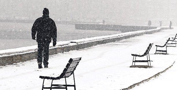 İzmir'de yarım asırlık soğuk rekoru: -7 derece