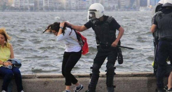 İzmir'deki dayakçı polislere 3 yıl hapis istemi