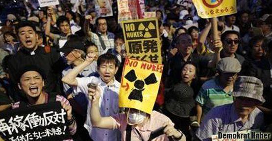 Japonlar ayaklandı: Nükleer istemiyoruz!