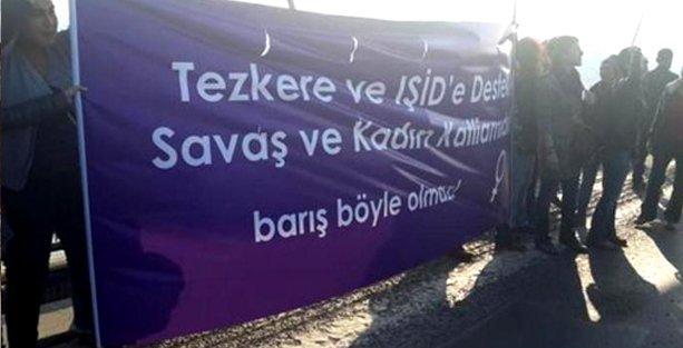 Kadınlardan köprüde tezkere protestosu: 16 gözaltı
