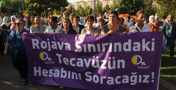 Kadınlardan, saldırılara karşı dayanışma yürüyüşü