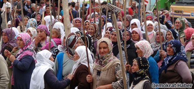 Kadınlardan sopalı, kazmalı 'belde' direnişi
