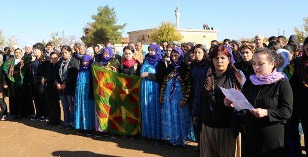 Kadınların Kobani sınırında direniş nöbeti başladı
