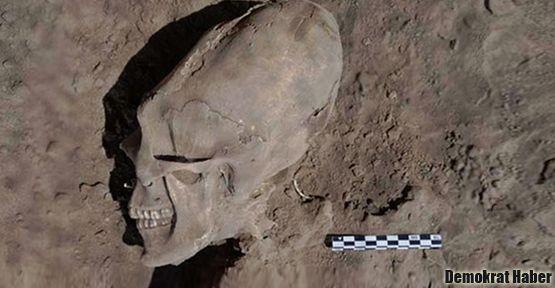 Kafatası bozukluğu olan kemikler bulundu