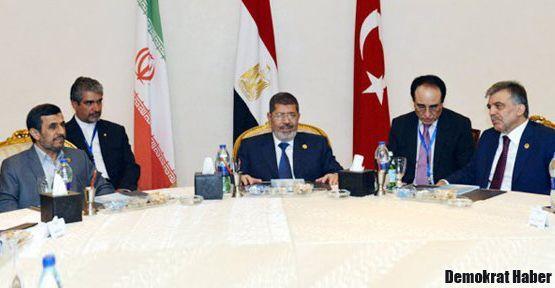 Kahire'de Türkiye-İran-Mısır zirvesi
