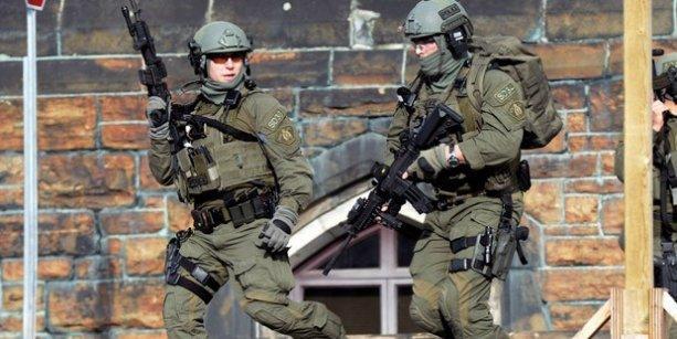 Kanada'da parlamento binasında silahlı saldırı