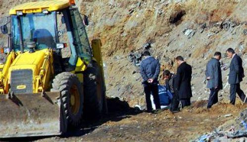 Kayıp 6 köylü için komutanlıkta kazı