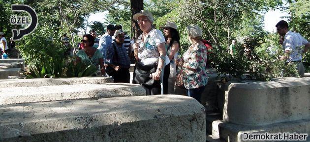 Kayıp Ermenileri buluşturan mezar taşları