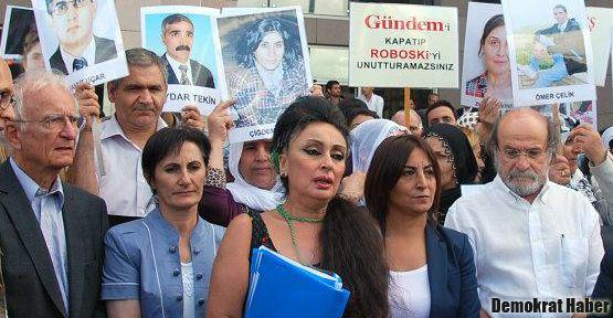 KCK basın davasında 'Özgür Basın Susmayacak' sloganı