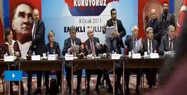 Kılıçdaroğlu''nun katıldığı toplantıda ayakkabılı protesto