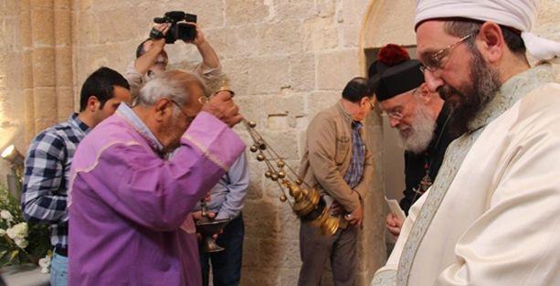 Kuzey Kıbrıs'ta 50 yıl sonra ilk ayin