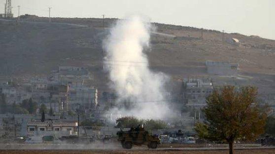 Kobani'de yeni hava saldırıları ve yoğun çatışmalar