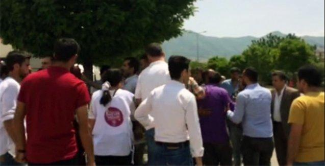 Kocaeli'nde HDP standına saldırı