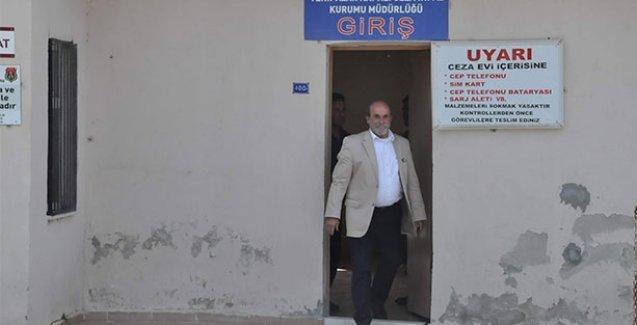HDP'li Ertuğrul Kürkçü, Sevan Nişanyan'ı cezaevinde ziyaret etti