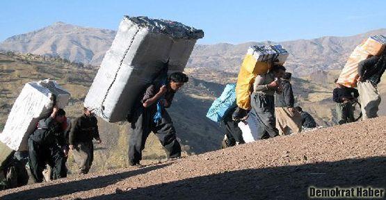 'Kürt işçisi Türkiye'de göçmen işçi statüsünde'