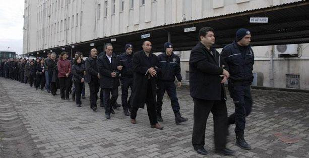 Kürt siyasetçiler Aktaş ve Akın tahliye edildi