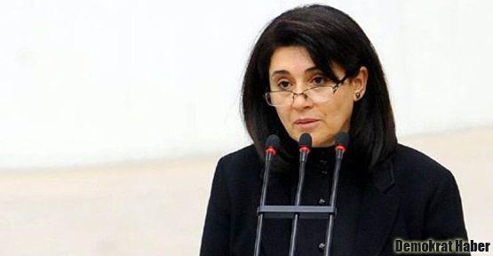 Leyla Zana'ya 10 yıl hapis cezası