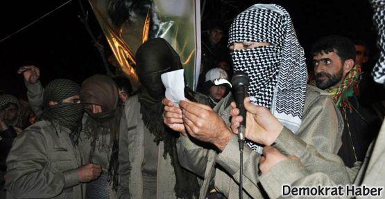 Lice'deki Newroz kutlamasına gerillalar da katıldı