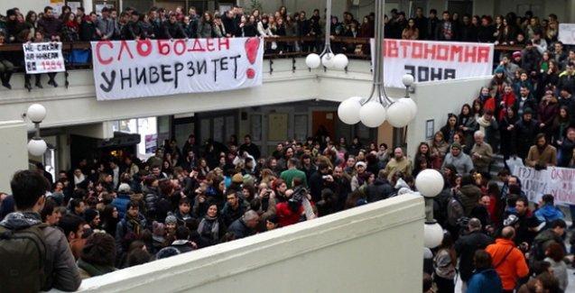 Makedonya'da üniversite öğrencilerinden  işgal ve özerk bölge ilanı