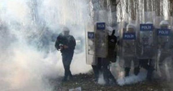 Mardin'de Lice protestosuna polis müdahalesi