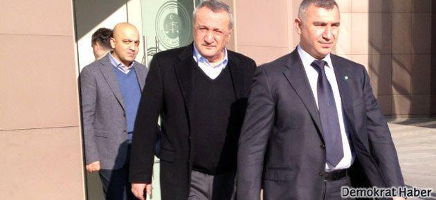 Mehmet Ağar, tutuklu bakan oğlunu ziyaret etti