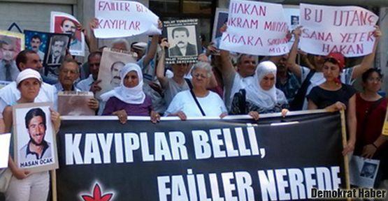 Mehmet Ağar'ı ziyaret eden Hakan Tartan'a protesto