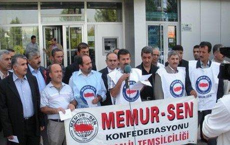 Memur-Sen başörtüsü yasağını protesto etti