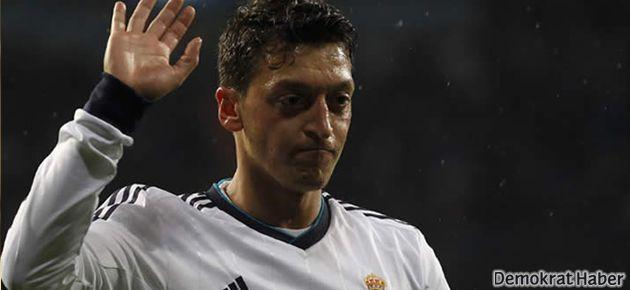 Mesut Özil Arsenal'e transfer oldu