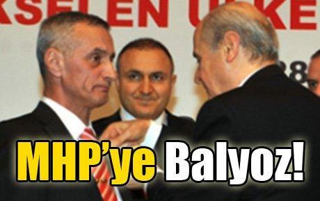 MHP'ye Balyoz!