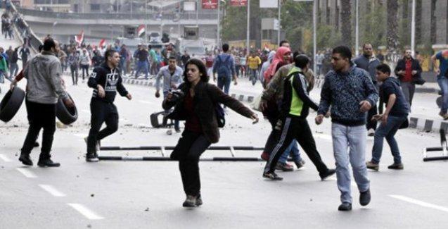 Mısır'da ayaklanmaların yıl dönümünde gösteriler: En az 11 ölü