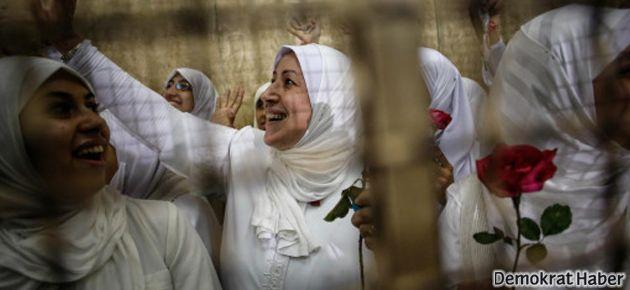 Mısır'da Mursi yanlısı 21 kadın serbest