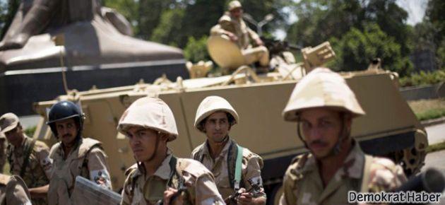 Mısır'da silahlı çatışmalar başladı