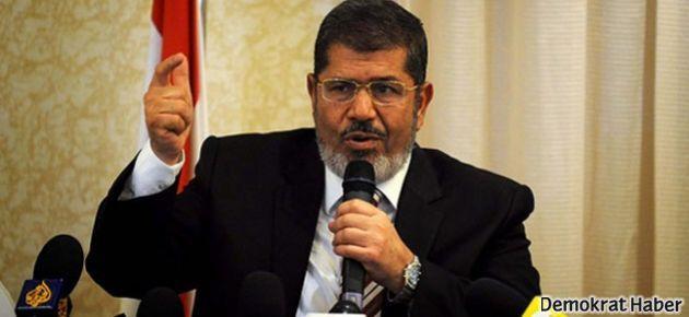 Mursi: Darbeyi kabul etmiyoruz